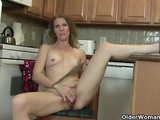 matures horny